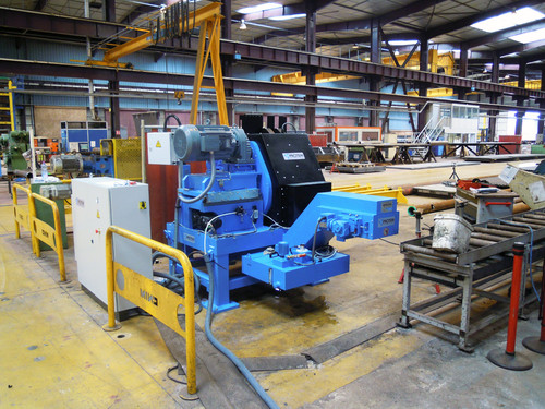 BB-3-16 - Automatic Bench machine for pipes ranging from 3