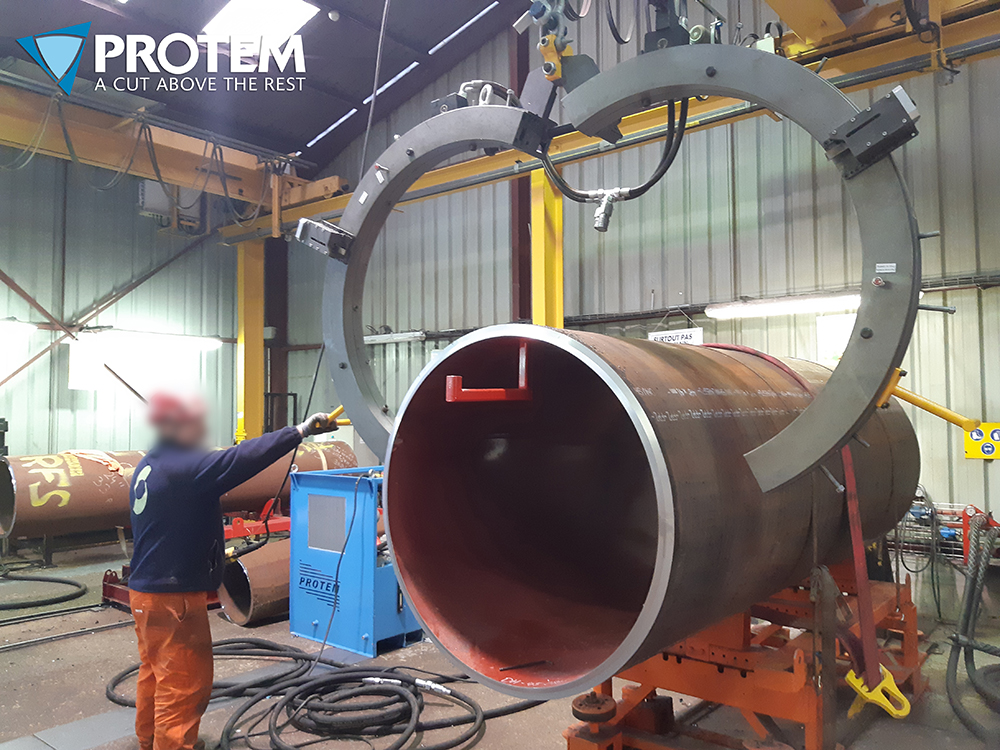 TTNG1200 - Clamshell Cutting & Beveling machine-Pipe Cold Cutting Machine for pipes ranging from 36